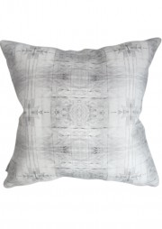 newwebLONG_pillow18x18_akimbo8GS