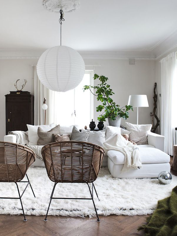blog_wicker_white_ living_room