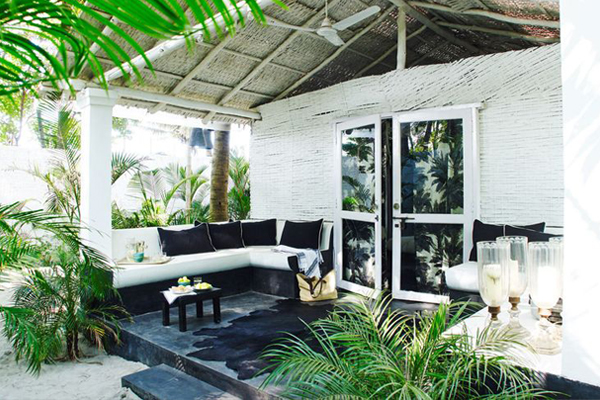 blog_resize_tropical_patio