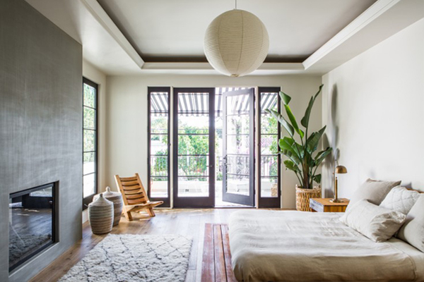 blog_resize_Leigh-Herzig-spec-house-West-Hollywood-photographed-by-Laure-Joliet-Remodelista-16