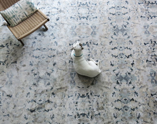 webrez_silk_rug_insitu_shot_alabaster_light
