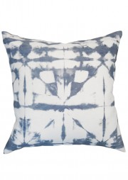 weblong_banda_midnight_18x18_pillow